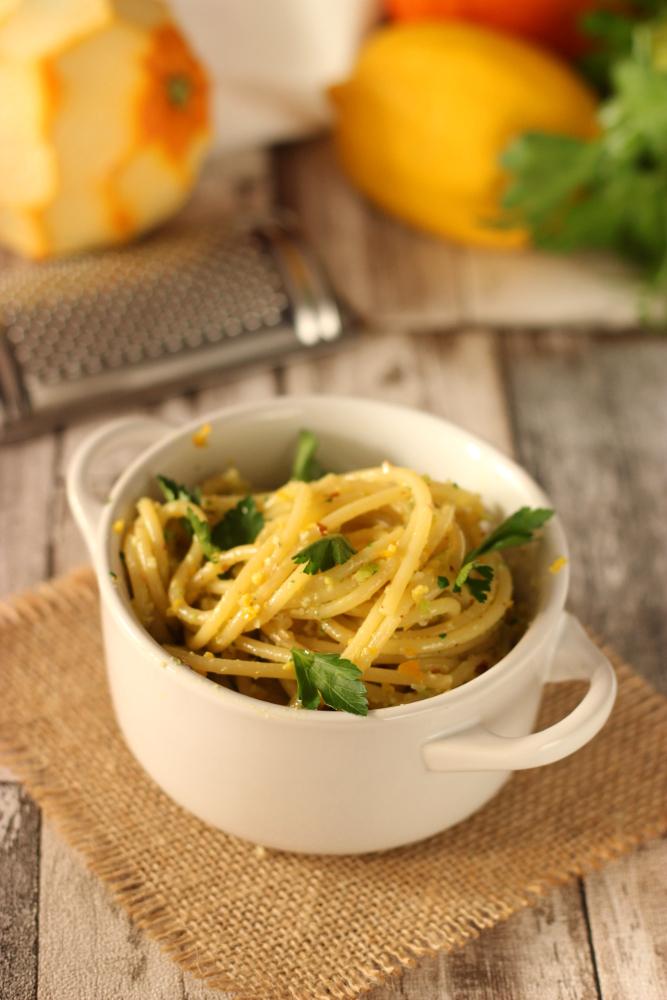 Spaghetti al pesto di agrumi