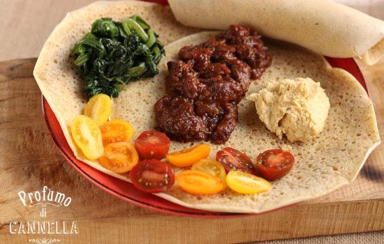 Zighinì etiope – con pane injera, legumi e verdure
