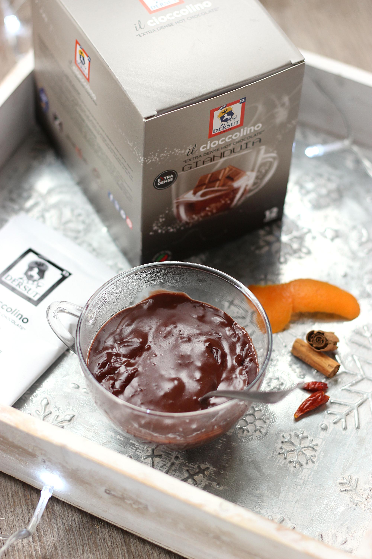 Raffaella Caucci per Dersut Caffè
