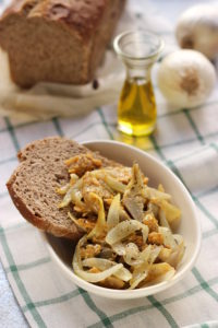 Cipolle, uova e carciofi gustosano