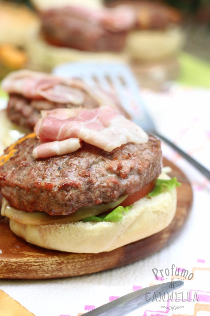 Ricetta dei panini per hamburger