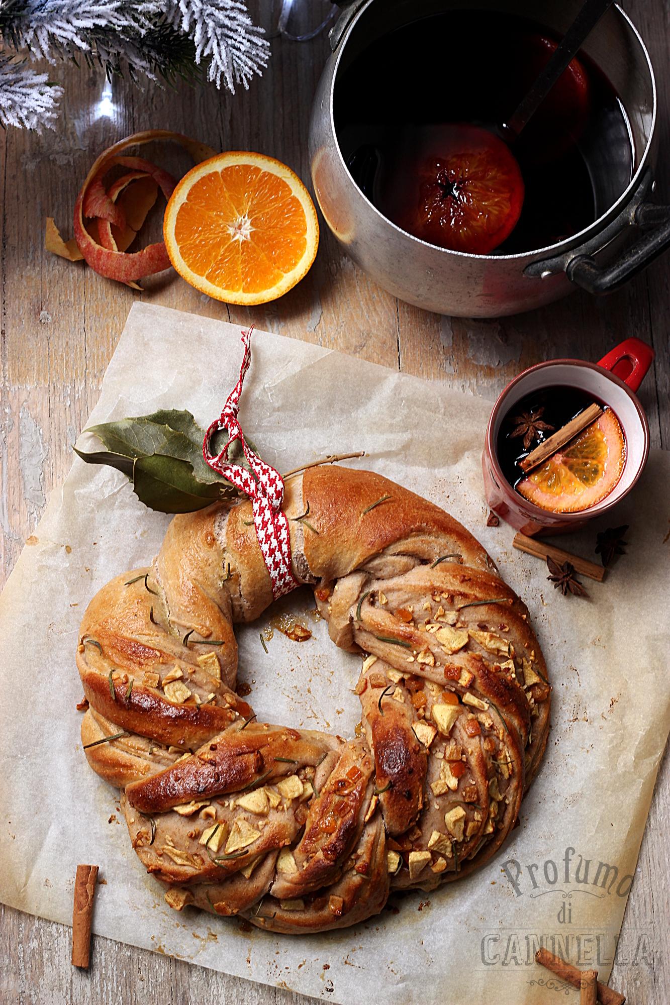 ghirlanda di pane di natale