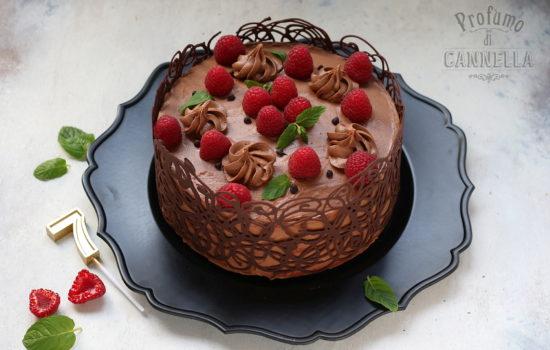 Torta al cioccolato e lamponi – in gabbia