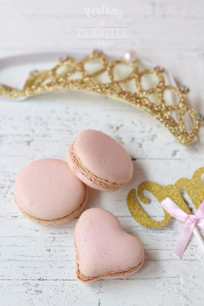 Macarons alla fragola