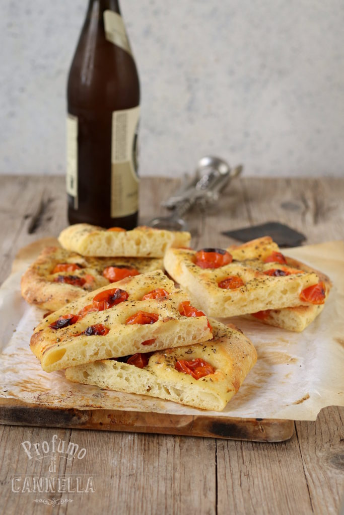 Ricetta della pizza in teglia tutta semola