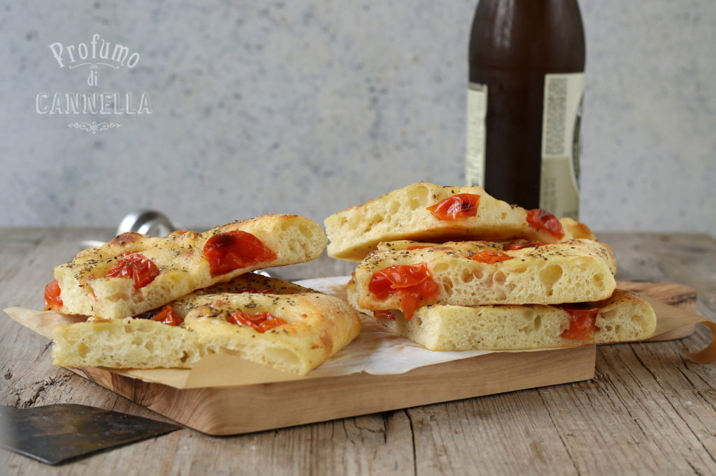 Ricetta pizza in teglia croccantina