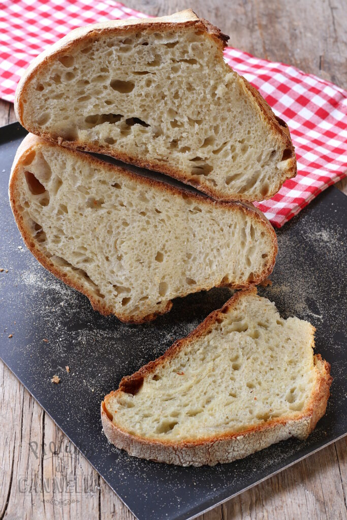 Pane misto con semola e tipo zero