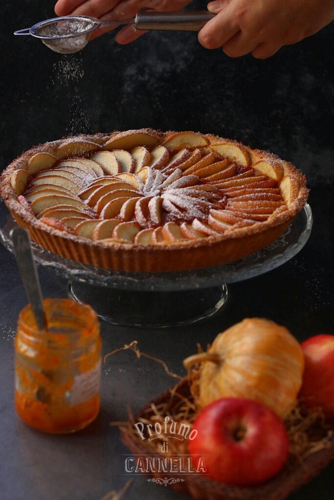 servire la crostata di mele