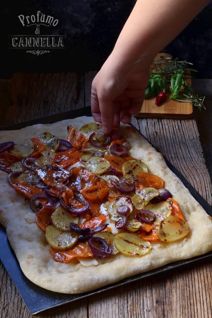 precottura e farcitura pizza