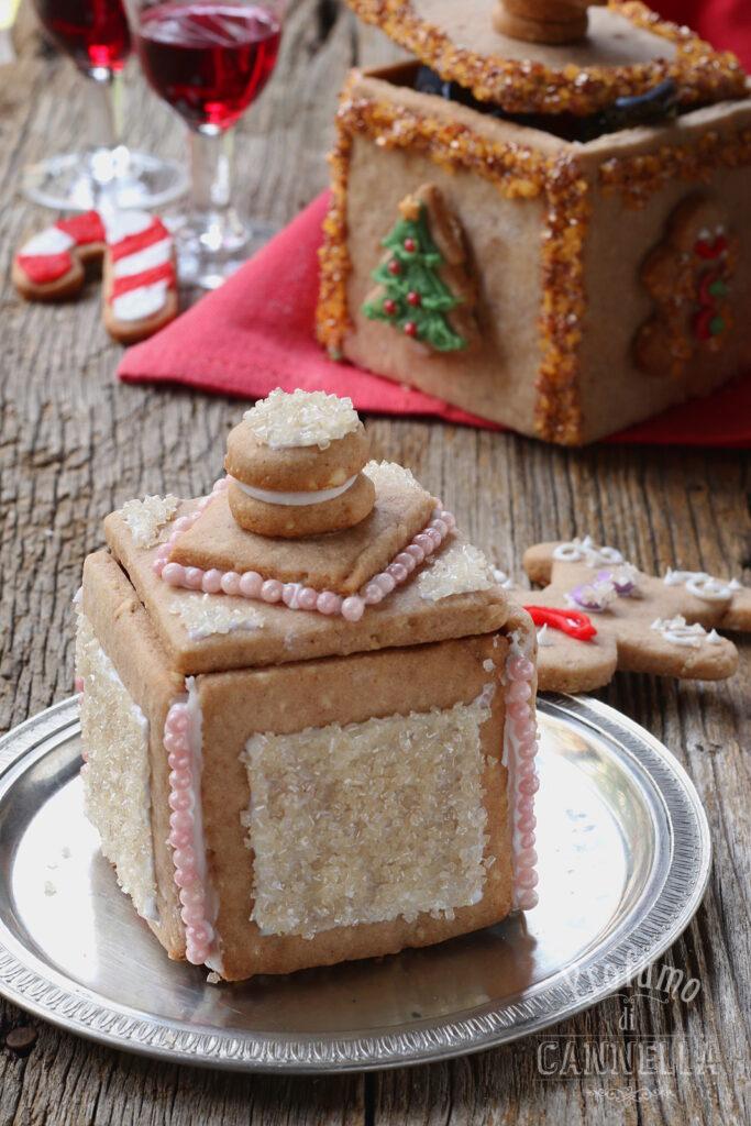 Scatolina di biscotto