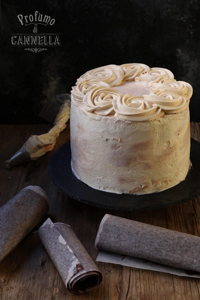 Decorazione della torta tronco