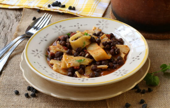 Lagane e ceci neri – puro comfort food